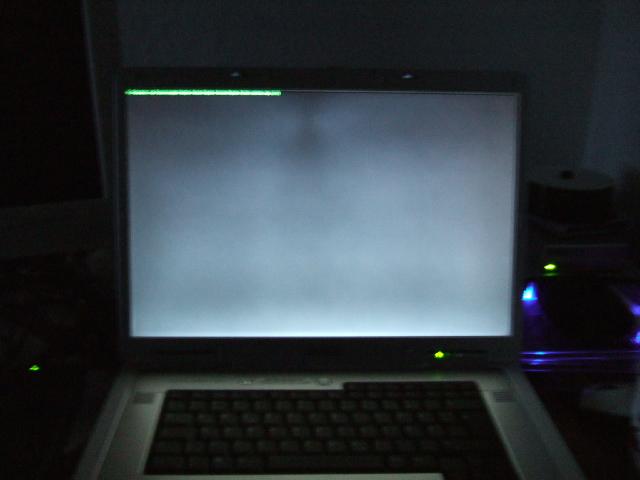 http://www.elsniwiki.de/uploads/Main/inspron9400_black.jpg